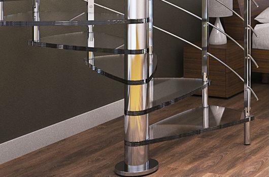 Dettaglio della scala a chiocciola in vetro Rintal - Brillia