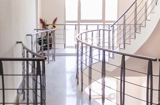 Guarda tutte le realizzazioni di scale della tipologia ringhiere rintal - Tipologia di scale ...