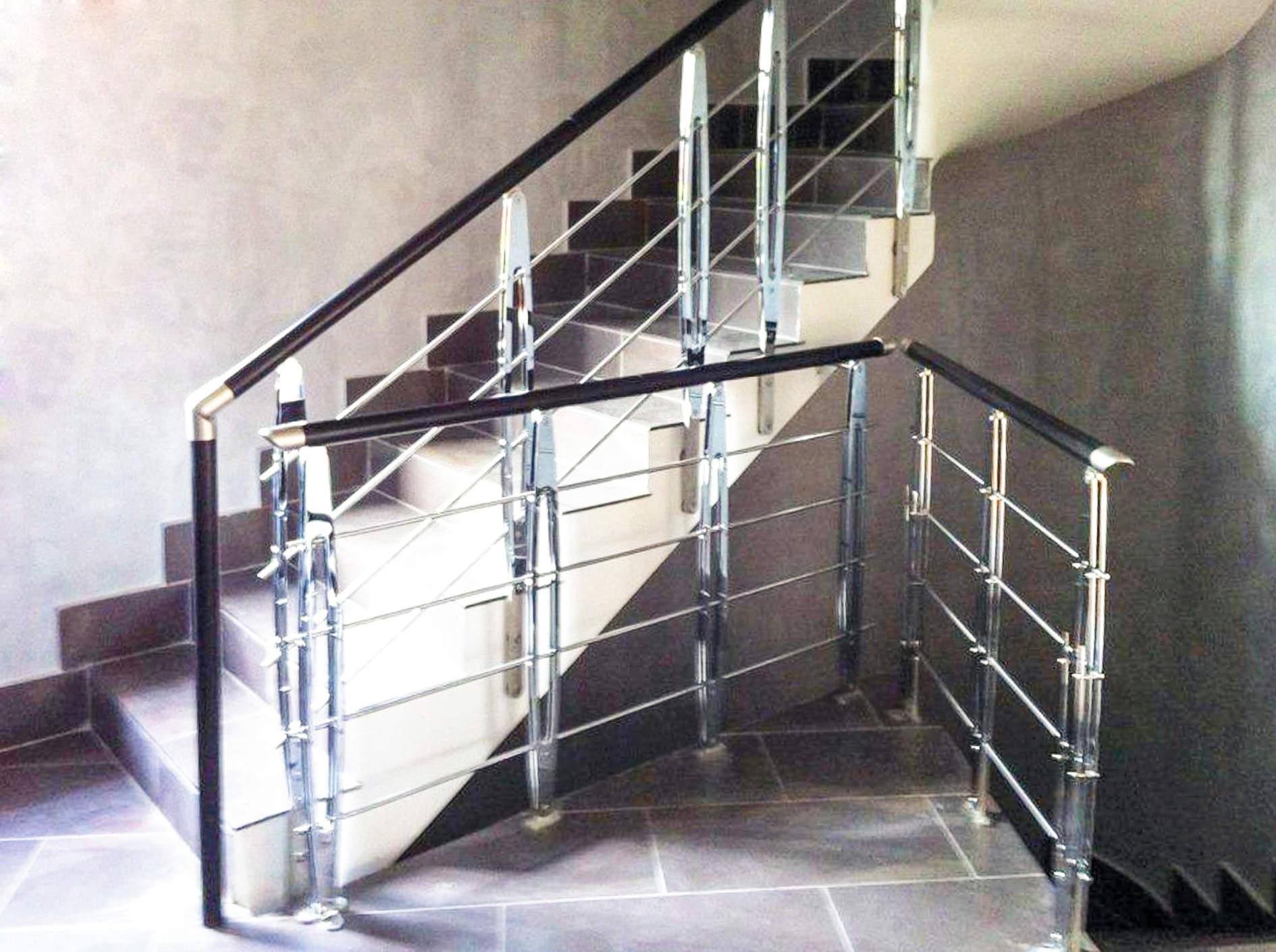 Ringhiera per scale interne installata ad Ancona - Rintal