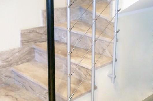 Ringhiera per scale interne installata ad Ascoli Piceno