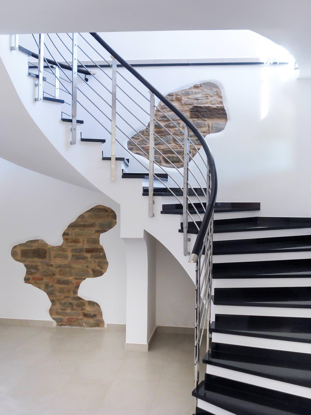 Ringhiera per scale interne installata ad avellino rintal - Ringhiera scale interne ...