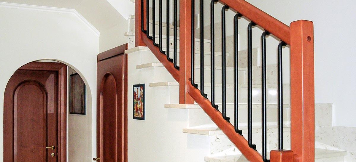 Ringhiera per scale interne installata a Biella