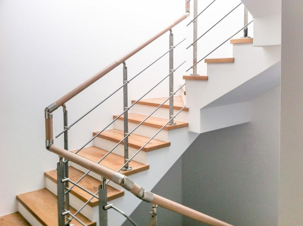 Ringhiera per scale interne installata a Bolzano - Rintal