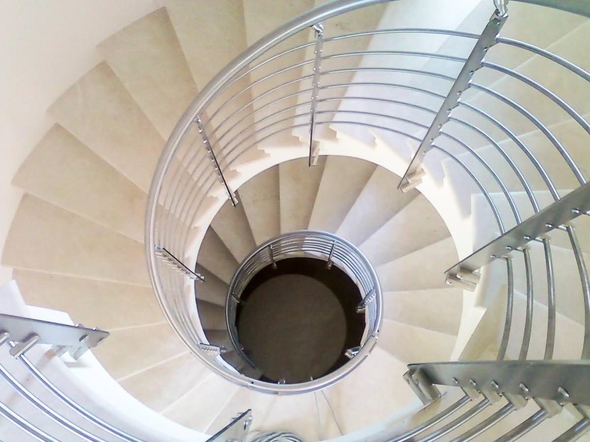 Scala installata a Reggio Emilia - Rintal