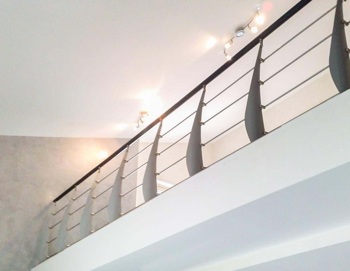 Ringhiera per scale interne installata a brindisi rintal - Ringhiere in vetro per scale interne prezzi ...