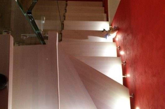 Scala a sbalzo installata a Tivoli