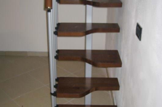 Scala per interni installata a Caserta