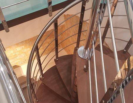 Scala spirale installata a Rimini