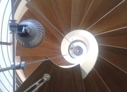 Scala spirale installata a Parigi