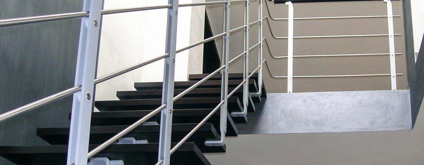 Scala per interni installata a Oristano
