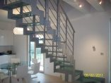 Scala con struttura laser installata a Verona