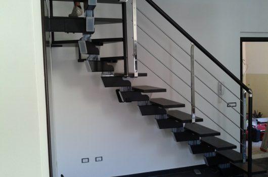Scala per interni installata a Prato