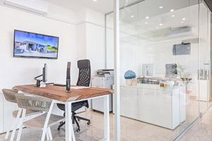 Uffici nello show room di Scale a Teramo Alluminio Val Vibrata
